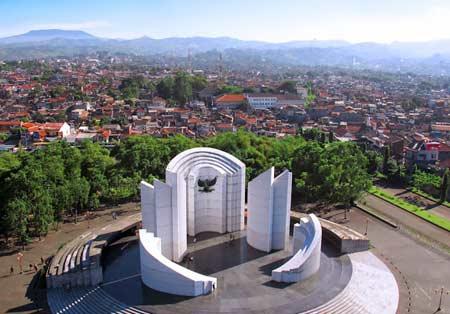Hello BANDUNG / Monumen Perjuangan Rakyat Kota Bandung.