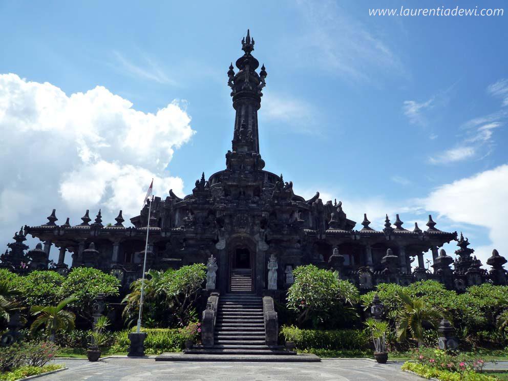 Widhi Bumi Bung Karno: Monumen Perjuangan Rakyat Bali (Bajra Sandhi).