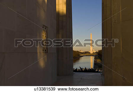Stock Photograph of water beautiful tall tower washington monument.