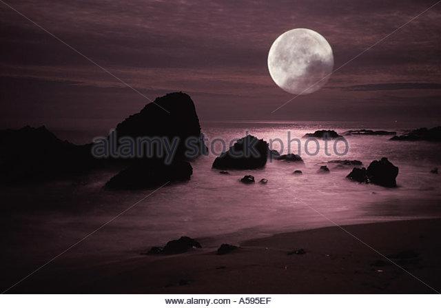 Moon Moonset Nobody Stock Photos & Moon Moonset Nobody Stock.