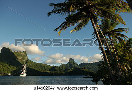 Picture of Hills beyond the sea, Moorea, Tahiti, French Polynesia.