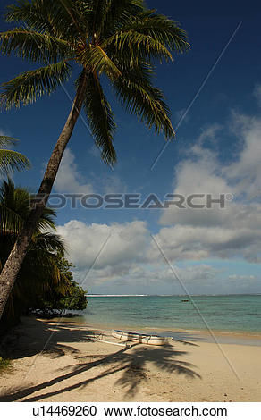 Stock Photography of Panoramic view of the ocean from the beach.