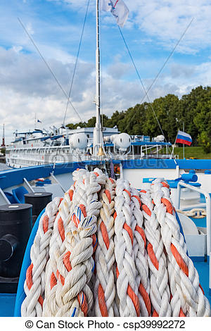 Picture of mooring rope ship.