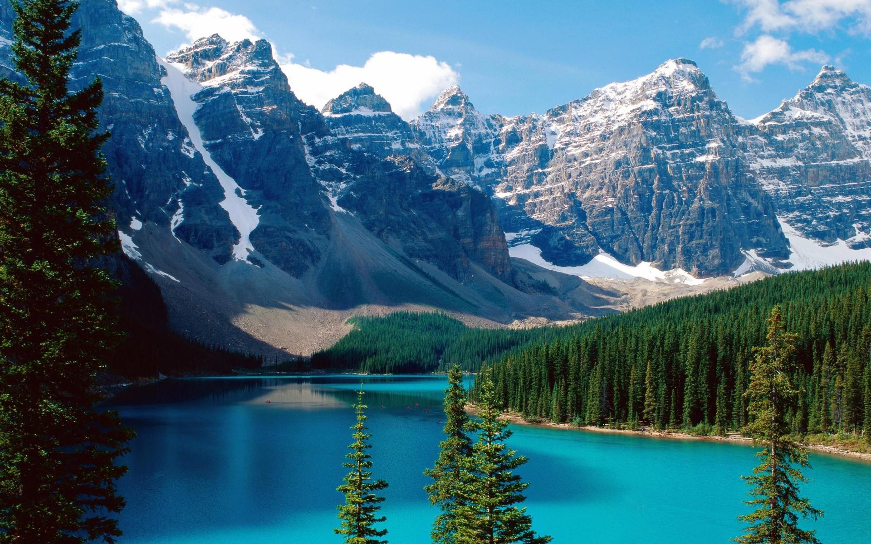 Moraine Lake Banff National Park Canada Wallpaper.
