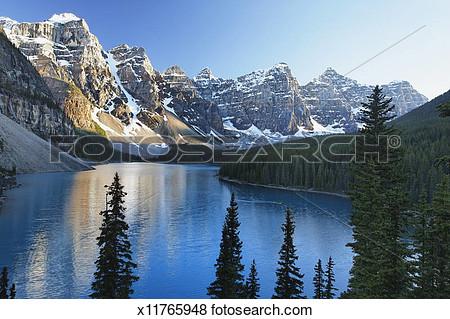 Moraine lake clipart.