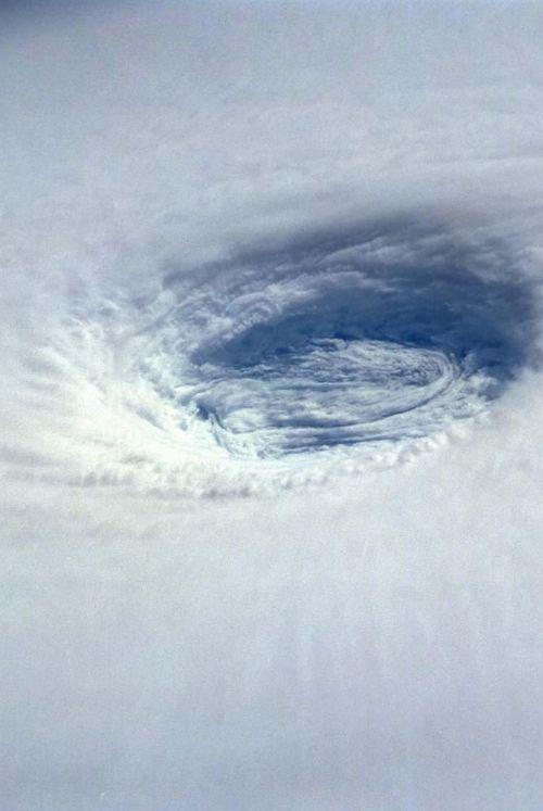 25+ best ideas about Hurricane Eye on Pinterest.