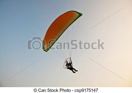 Picture of para motor glider on sky csp9175147.