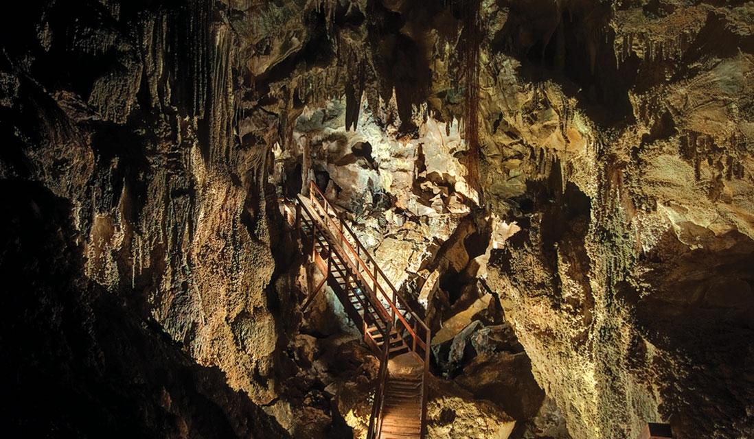 Ngarua Caves.