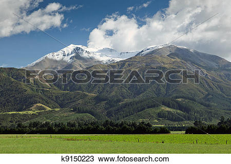 Stock Photo of Mount Hutt k9150223.