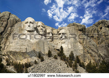 Picture of Presidential sculpture at Mount Rushmore National.