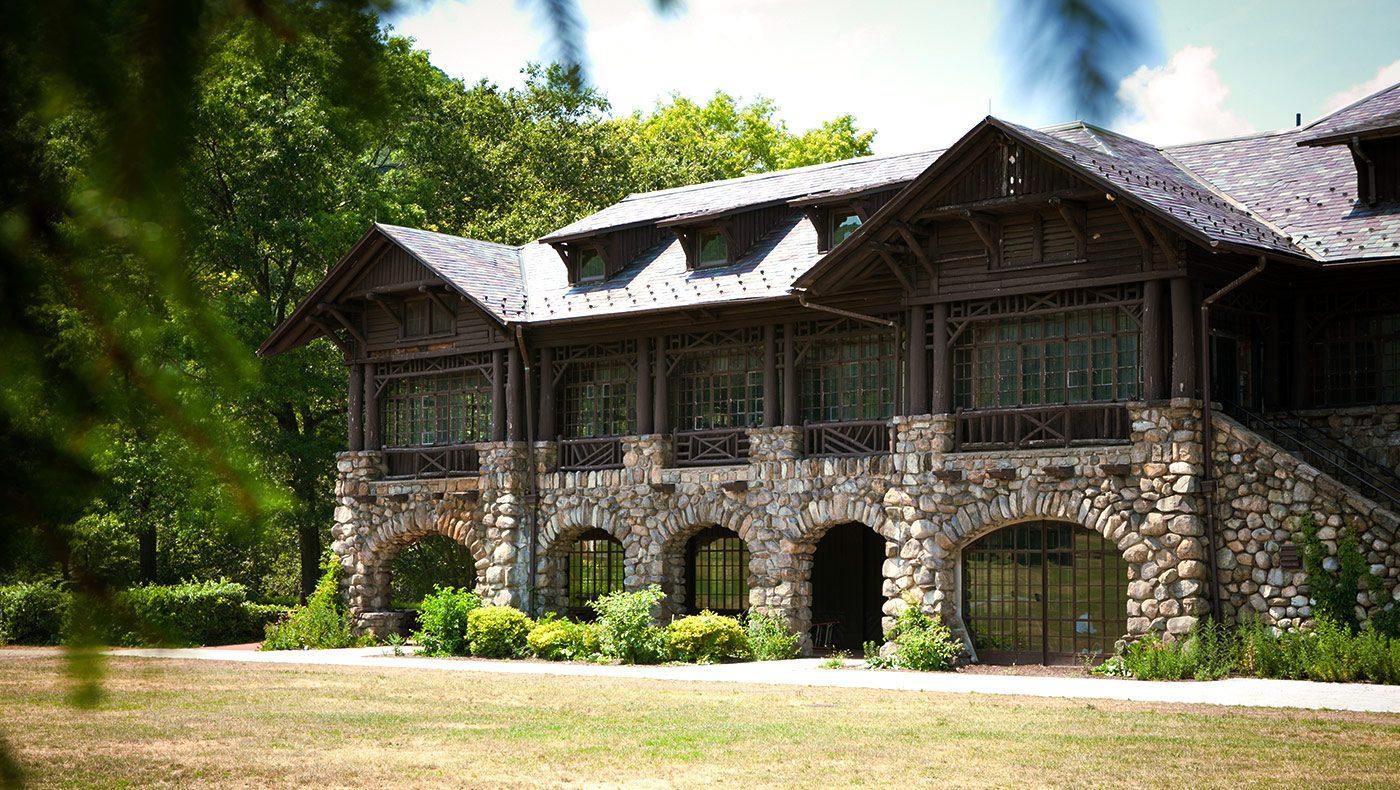 Bear Mountain Inn & Conference Center.