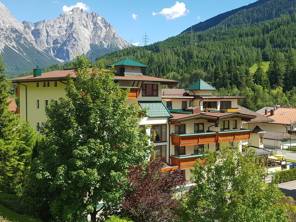Hotel Lärchenhof, Lermoos, Austria.