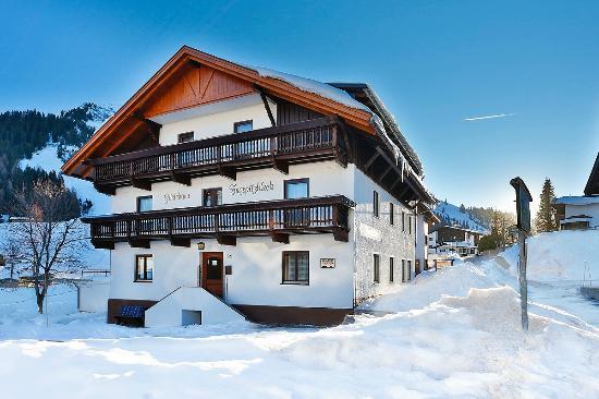 Gastehaus Zugspitzblick Berwang (Tirol) Inn.