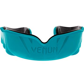 Amazon.com : Venum Challenger Mouth Guard, Black/Cyan, One Size.