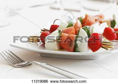 Mozzarella tomato skewers clipart #20