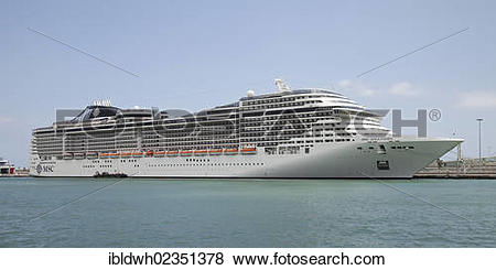 "Pictures of ""Cruise ship, MSC Splendida, in Port Vell, Barcelona."