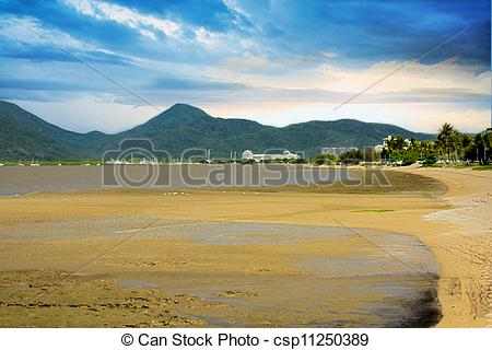 Pictures of Cairns mud flats.