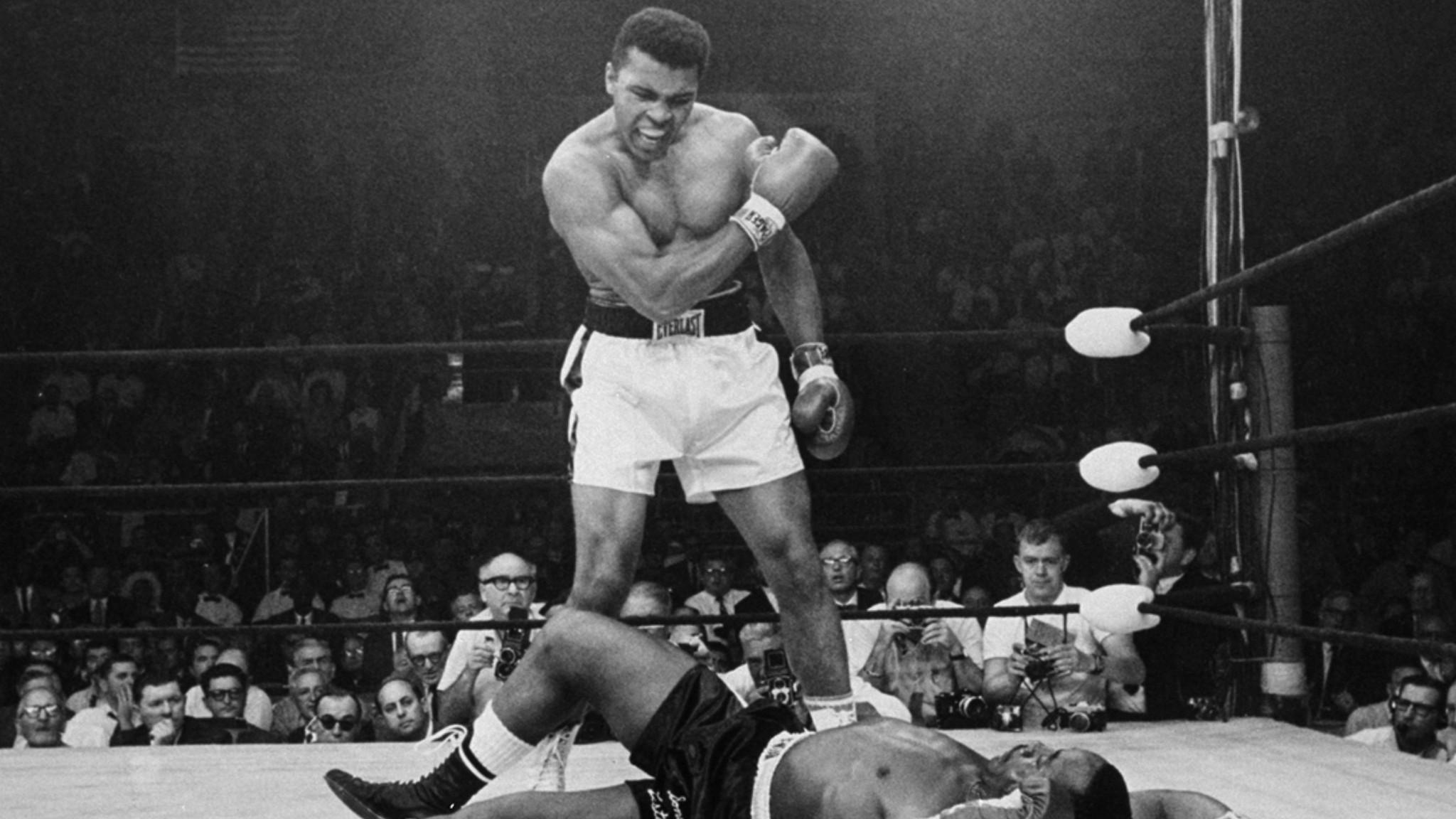 Boxing champ Larry Holmes: 'No better teacher than Muhammad Ali.