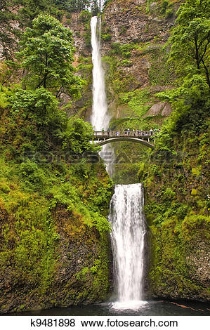 Pictures of Multnomah Falls in Portland Oregon k9481898.