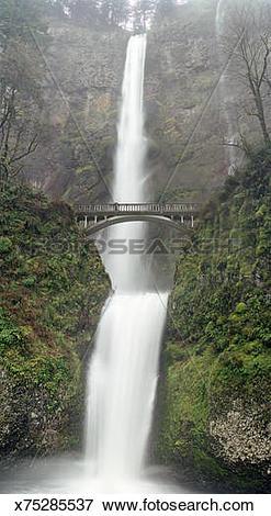 Picture of Multnomah Falls with Benson Bridge in Portland.