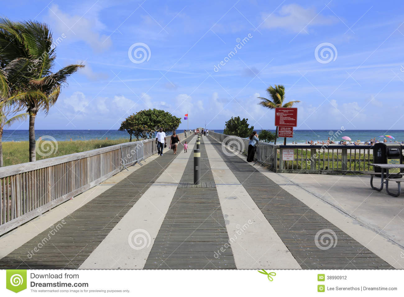 Fishing Pier At Pompano Beach Editorial Photography.