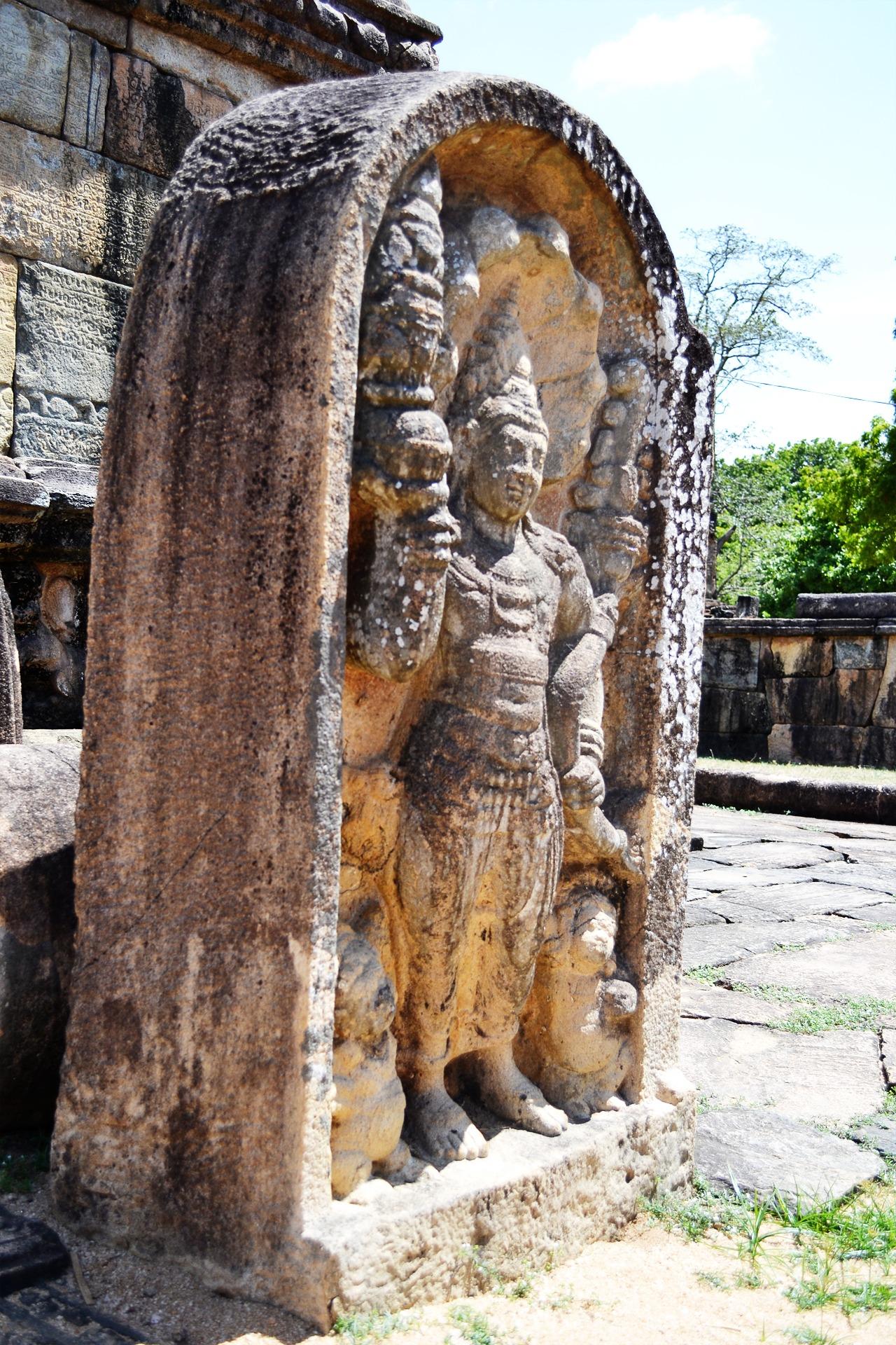 Guard stone mura gala polonnaruwa free image.