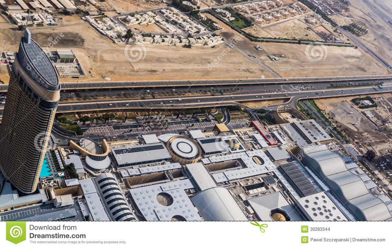 Al Murooj Rotana Hotel And The Dubai Mall Editorial Stock Image.