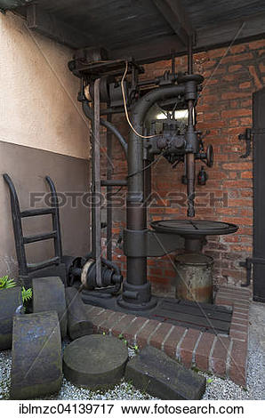 Picture of Machine with drive belt of the former iron hammer mill.