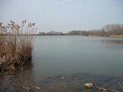Lake Naplás.