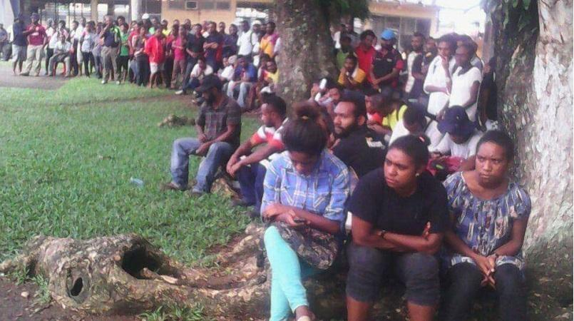 Lae Polytechnic students told to return to class.