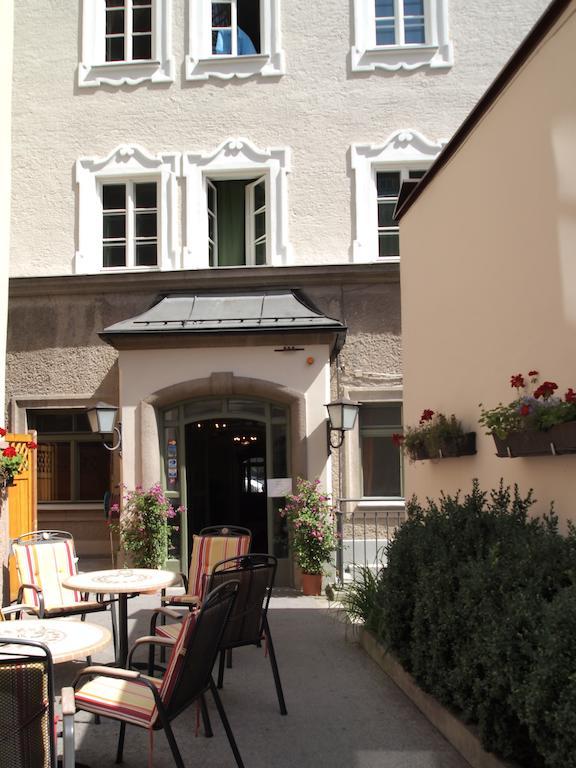 Hotel Schwarzes Rössl, Salzburg, Austria.