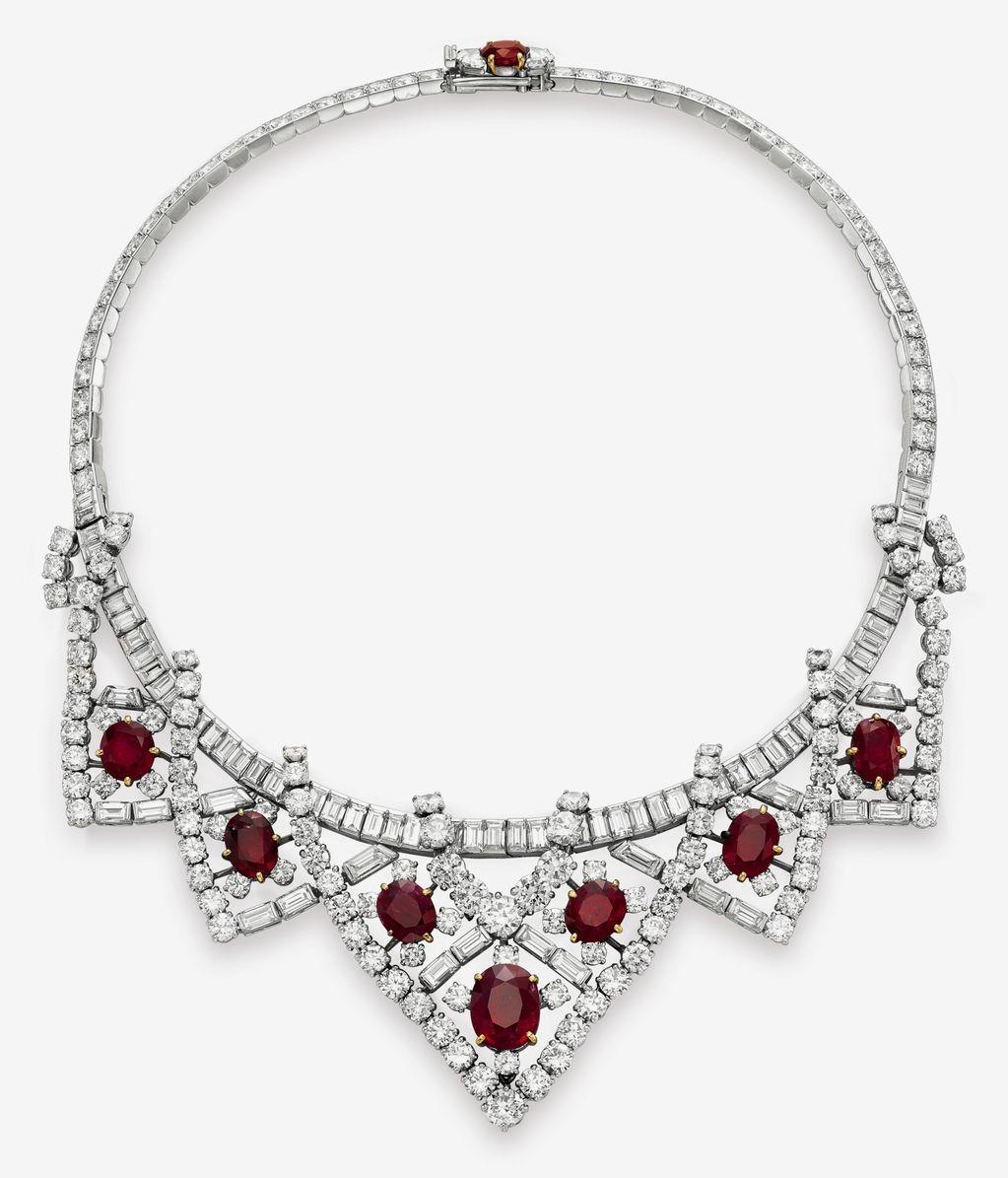 Diamond Necklace Clipart.