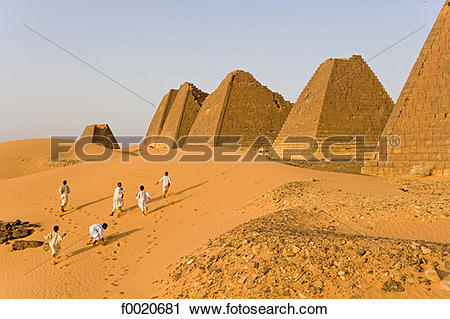 Stock Photography of Sudan, Merowe necropolis f0020681.