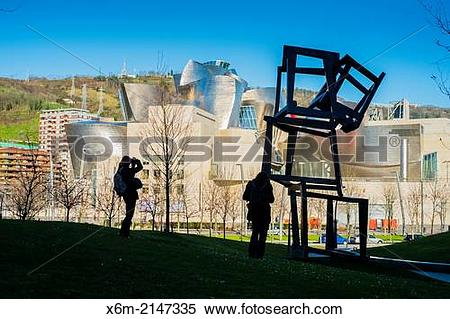 Stock Image of Guggenheim Museum and Chaos Nervion sculpture.
