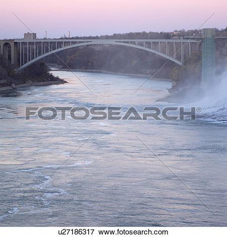 Picture of Bridge over US.