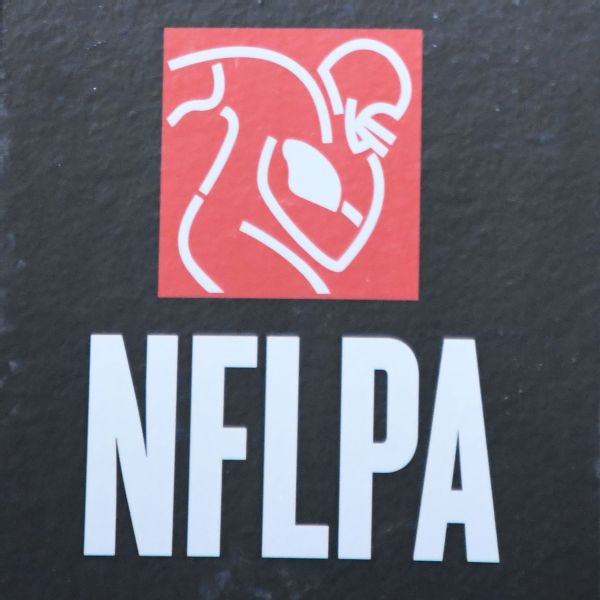 Cyrus Mehri plans to challenge DeMaurice Smith for NFLPA job.