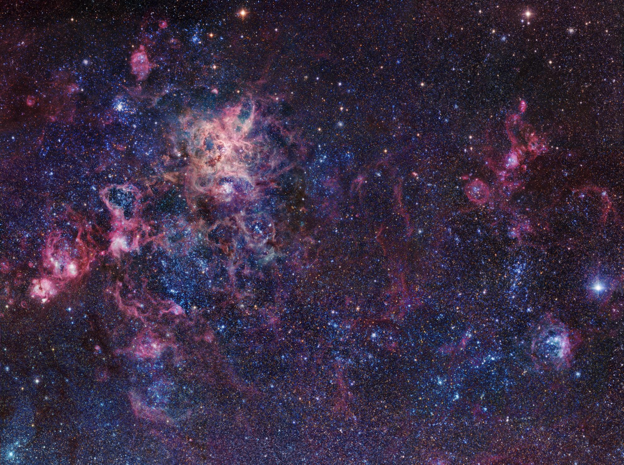 NGC 2070 Tarantula Nebula by Rob Gendle.