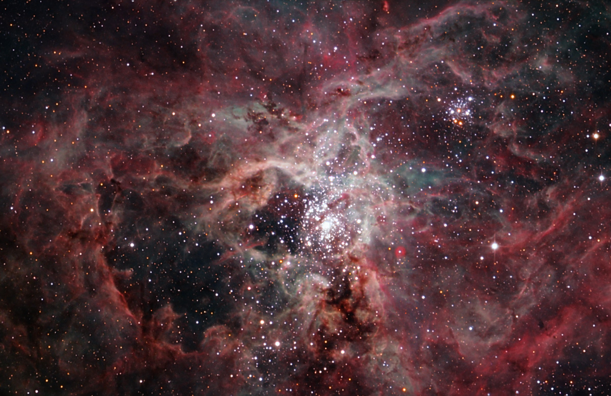 NGC 2070 NGC2070.