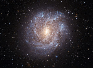 NGC 2082.