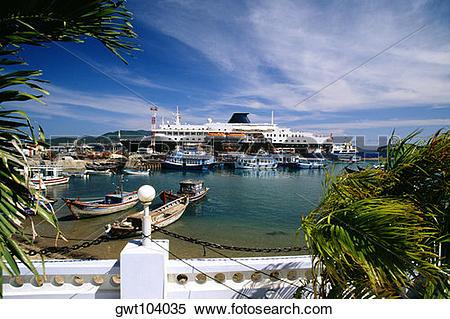 Stock Image of Cruise ship, Port of Nha Trang, Vietnam gwt104035.