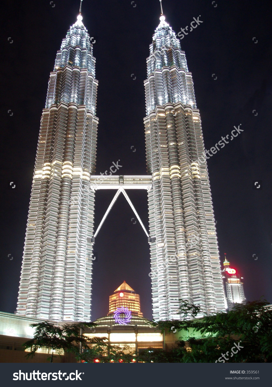 Klcc Twin Towers At Night Stock Photo 359561 : Shutterstock.