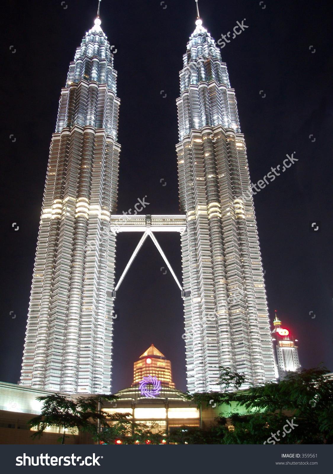 Klcc Twin Towers At Night Stock Photo 359561 : Shutterstock.