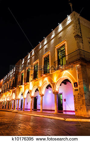 Stock Image of Night shot of a building in Valladolid, Mexico.
