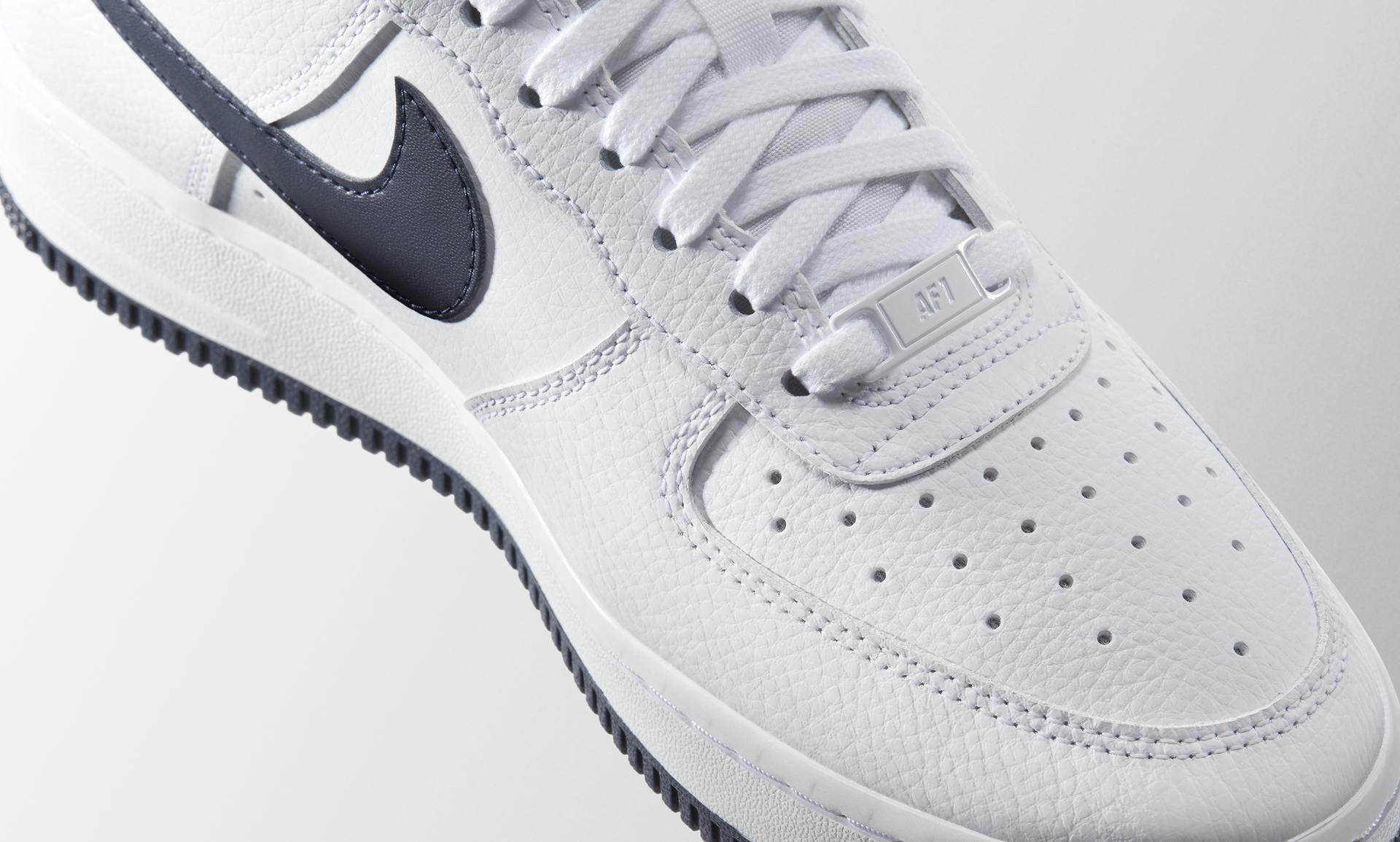 Nike Air Force 1 '07 Patent Women's Shoe.