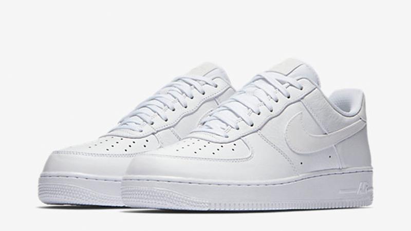 Nike Air Force 1 07 Premium Triple White.