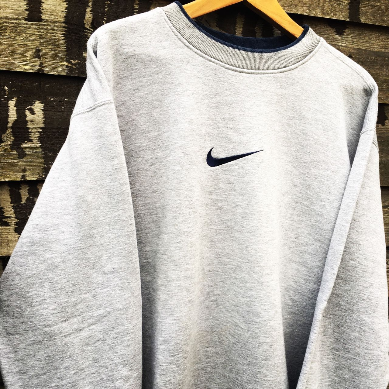 Retro Nike grey sweatshirt \\ size XL (fits L.