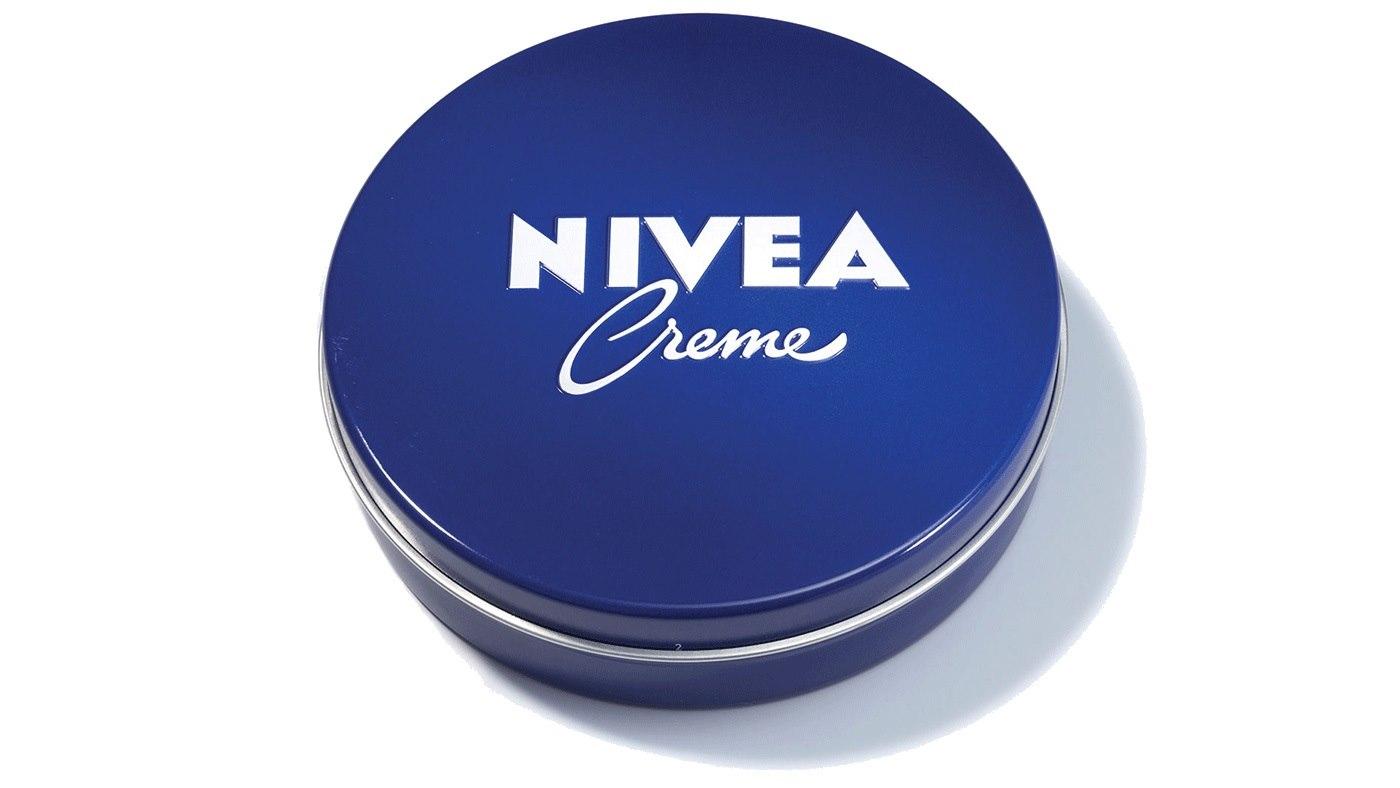 NIVEA.