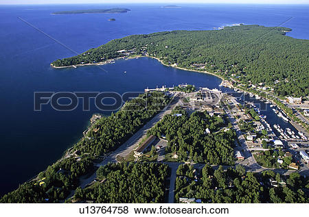 Pictures of Aerial photo of the town of Tobermory, at the northern.