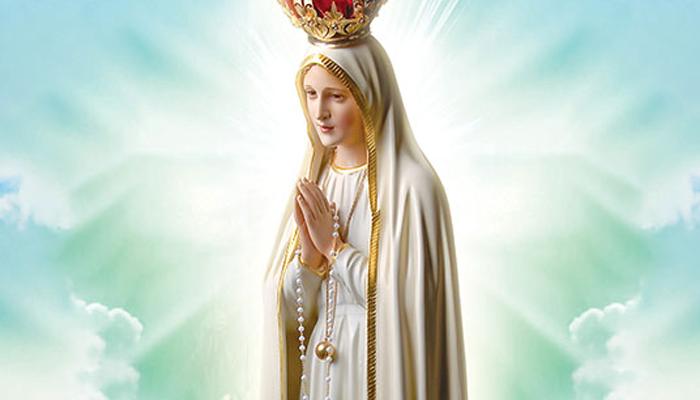 Convite para Santa Missa em honra a Nossa Senhora de Fátima.