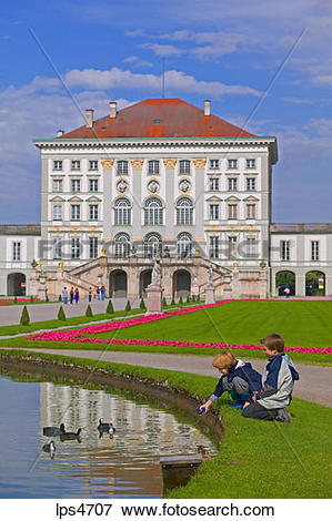 Picture of BOYS PLAYING WITH DUCKS ON POND IN FRONT OF NYMPHENBURG.